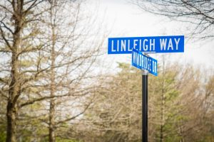 Street sign, Linleigh Way